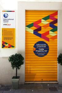 Fotomural Vinilo International House